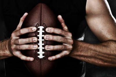 "sepak bola ""width ="" 400 ""height ="" 267 ""srcset ="" https://augustafreepress.com/wp-content/uploads/2019/07/football.jpg 400w, https://augustafreepress.com/wp-content/ uploads / 2019/07 / football-300x200.jpg 300w ""size ="" (max-width: 400px) 100vw, 400px"
