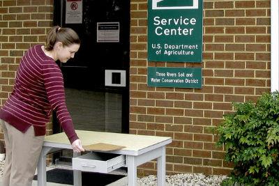 service center desk